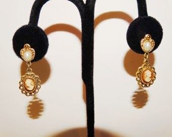 "Free Shipping Vintage Custom Cameo 1"" Earrings."