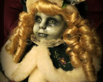 OOAK-Gothic-Zombie-Undead-Vampire-Creepy-Hand-Painted-Porcelain-Doll-Ivy
