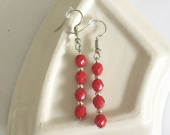 Coral red beaded earrings with silver elements. Silver earrings with coral red beads. Coral red earrings. Coral earrings.