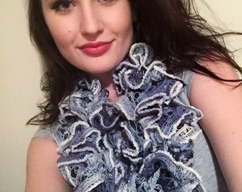 Crocheted Curly Scarf