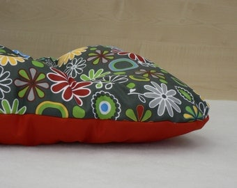 Waterproof Dog bed, flowers + red