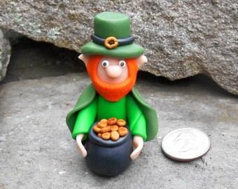 Polymer Leprechaun, Terrarium miniature, Fairy Garden Leprechaun, Irish Fairy, Saint Patricks Day Leprechaun, Bingo Marker, Clay Elf