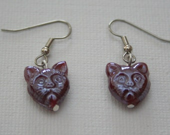 Raspberry Grumpy Cat Earring