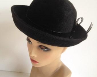 SALE! Vintage Ladies Hat, Black Wool Felt Hat, Original Jan Leslie Custom Design, Elegant Ladies Vintage Hat 1960's Hat, Brimmed Hat