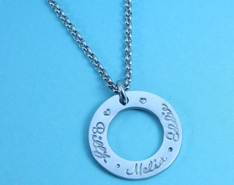 Personalised Name Circle Necklace   Washer   Gift For Mum   Silver/Gold/Rose-Gold Toned   Christmas Gift Idea For Her   UK Seller