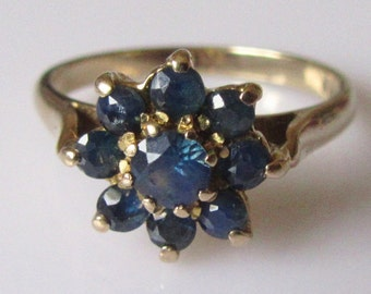 9ct Gold Sapphire Flower Ring