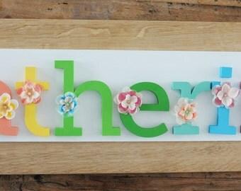 rtulo de arco iris manos pintaron y decoracin letras de madera para habitacin infantil