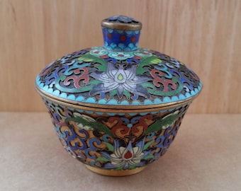 A Beautiful Chinese Brass And Floral Cloisonne Enamel Trinket Pot. Vintage Chinese Trinket Box - Brass And Enamel, Beautifully Decorated