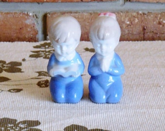 Japanese porcelain 1960s vintage figurines, praying boy and girl, unmarked, religious
