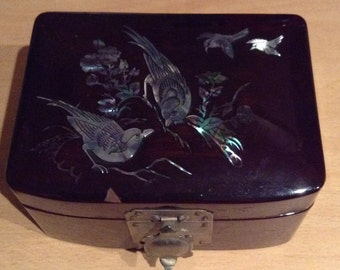 Antique Jewelry Box/ Mother Of Pearl Inlaid Birds/lacquered Finish.