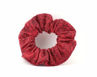 Scrunchie  cotton - red and black roses