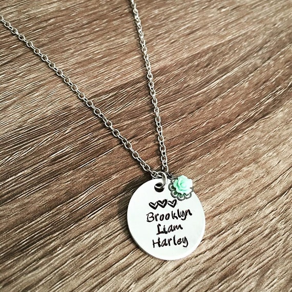 child name necklace sted flower charm name