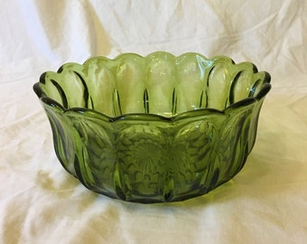 Large Avocado Green Fairfield Serving Bowl by Anchor Hocking