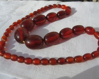 French Art Deco Cherry Amber Bakelite Graduated Beads Necklace - Art Deco Jewelry Necklace