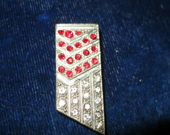 Lovely 1940 Art Deco Czech red and clear rhinestone dress clip or brooch