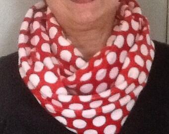 Polka dot cuddles scarf