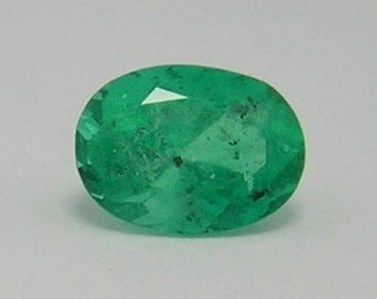 1.82 Ct  Natural Colombian Oval Loose Emerald
