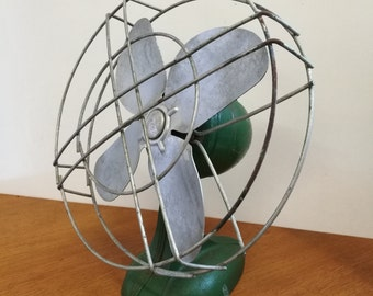 VINTAGE Erco Metal Table Fan AC Prop Only Display Retro
