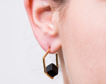 gold hexagon earrings,onyx earrings,gold earrings,geometric earrings,hexagon hoop earrings,statement earrings,shizing