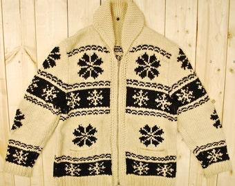 Vintage 1950's COWICHAN Sweater / Snowflake / Retro Collectable Rare