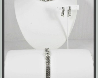 Vintage Rhinestone Parure,Vintage Rhinestone Jewelry Set,Vintage Parure,Vintage Jewelry Set,Vintage Kramer of NY,Vintage Kramer Rhinestone