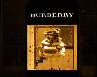 Burberry Florentine Style 5 x 7 Photograph