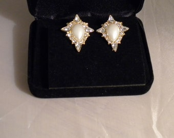 Vintage Pearl and Crystal Clip-On Earrings