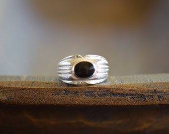 Men's Oval Black Onyx Solitaire Vintage Silver 925 Ring, US Size 9.5, Used