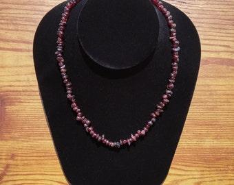 Necklace / Bracelet in Garnet