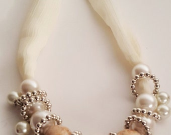 Clustered Pearl Necklace