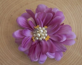 Fuchsia Zinnia with Pearl Center - Wearable Flower