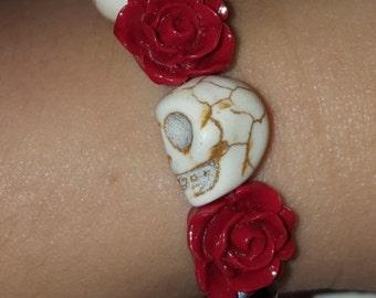 Black Pearl Series - Skulls & Roses Stretch Bracelet