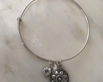 Flower Bangle Bracelet - Silver