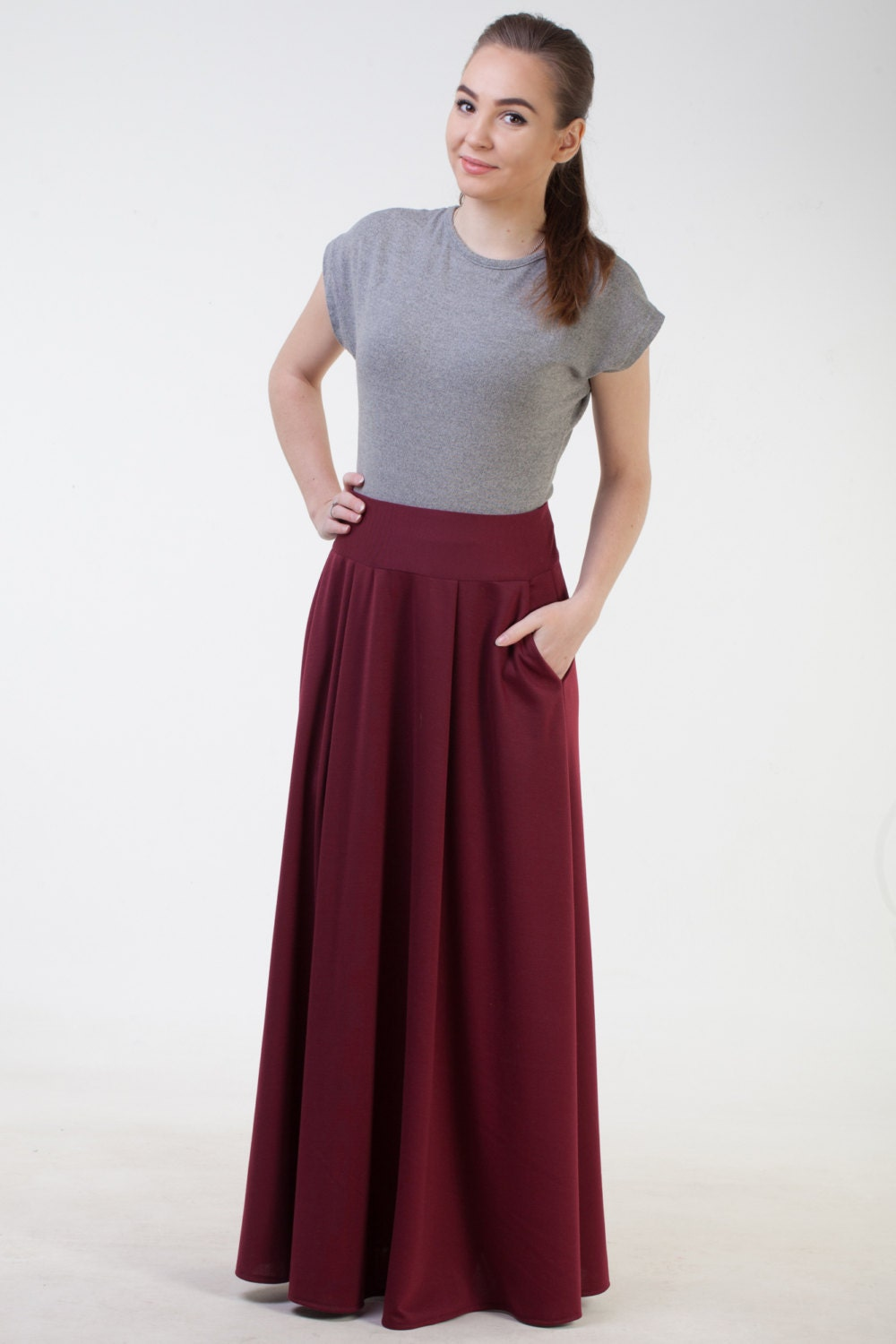 Find the latest and trendy styles of maxi skirts at ZAFUL. We are pleased you with the latest trends in high fashion maxi skirts.