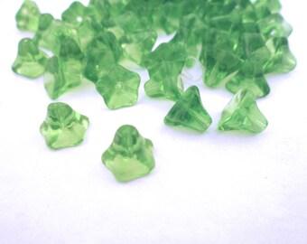 12 peridot green glass trumpet beads, (6x9mm) TS11 peridot green