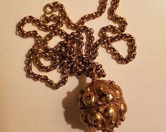 Vintage 1960's Gold Tone Tannis Root Pendant Necklace