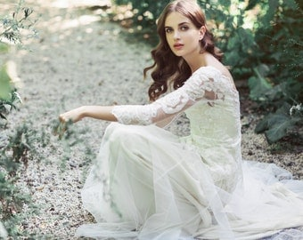 Sample Sale - Two-Piece ivory lace and tulle wedding gown: Edison