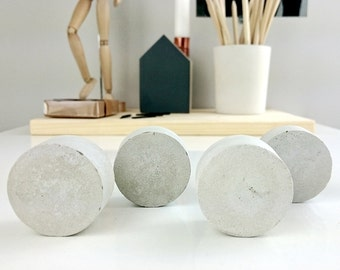 Concrete drawer knobs set of 4 | modern drawer knob | concrete decor | minimalist gift idea | round shape drawer knob