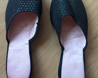 1950s lurex slip ons shoes with small wedge!