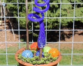 Cobalt Blue Glass Sculpted Tigger Tail Garden Art Finial Outdoor Garden Sculpture
