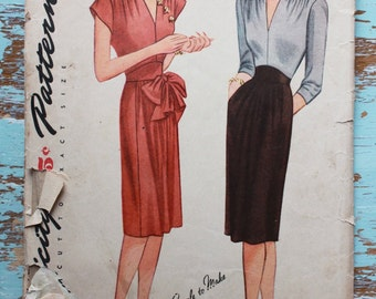 rare 1940s dress pattern / 1940s sewing pattern / Simplicity 1176 / bust 32""