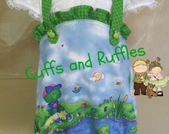Infant girls ruffled frog romper