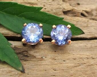 Tanzanite Earrings in Yellow Gold Screw Backs with Genuine Gems, 5mm