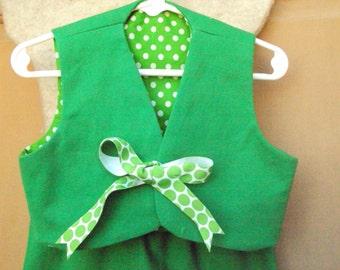 Green   Children's St Patricks Day leprechaun,  Mardi Gras costume, toddler size 2