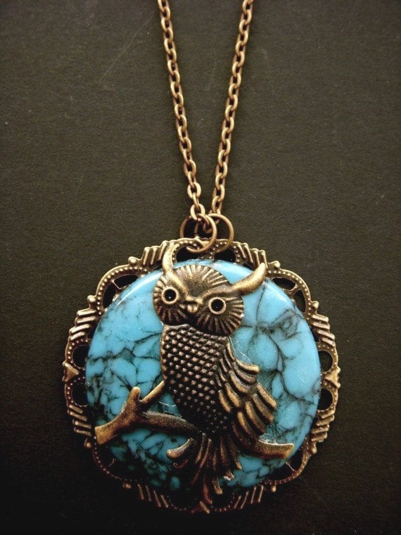 Vintage Smarty OWL Turquoise Cameo Brass Filigree Necklace