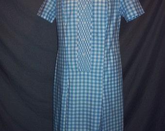 Blue Gingham Bibbed Front Short Sleeved Shift Dress Daydress M B40 Vintage 60s Cotton Blend Plus Size