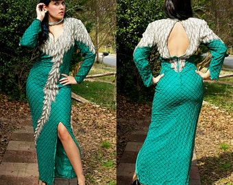 1940s Style Vintage Vinnie Green Beaded and Pearl Formal Maxi Dress Open Back Slit Leg Sexy Pin Up Prom Dress Size Medium