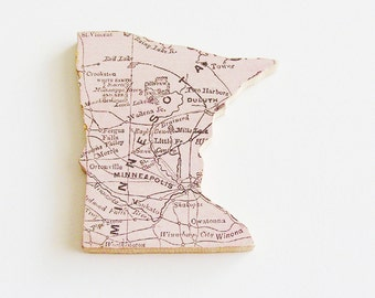 1907 Minnesota Brooch - Pin / Unique Wearable History Gift Idea / Upcycled Antique Wood Jewelry / Timeless Gift Under 50