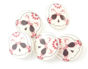"""5 Pink Sugar Skull SHANK Sewing Buttons.  Dark Pink Decorative Buttons.  Skull Novelty Buttons.  3/4"""" or 20 mm."""