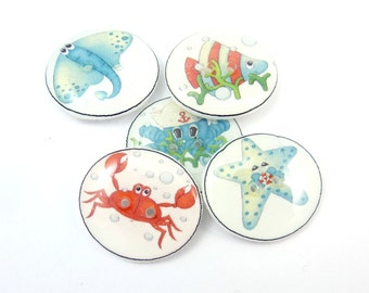 5 Sea Life Buttons.  Handmade buttons.  Fish, Octopus, Stingray, Crab and Starfish Decorative Craft Novelty Sewing Buttons.